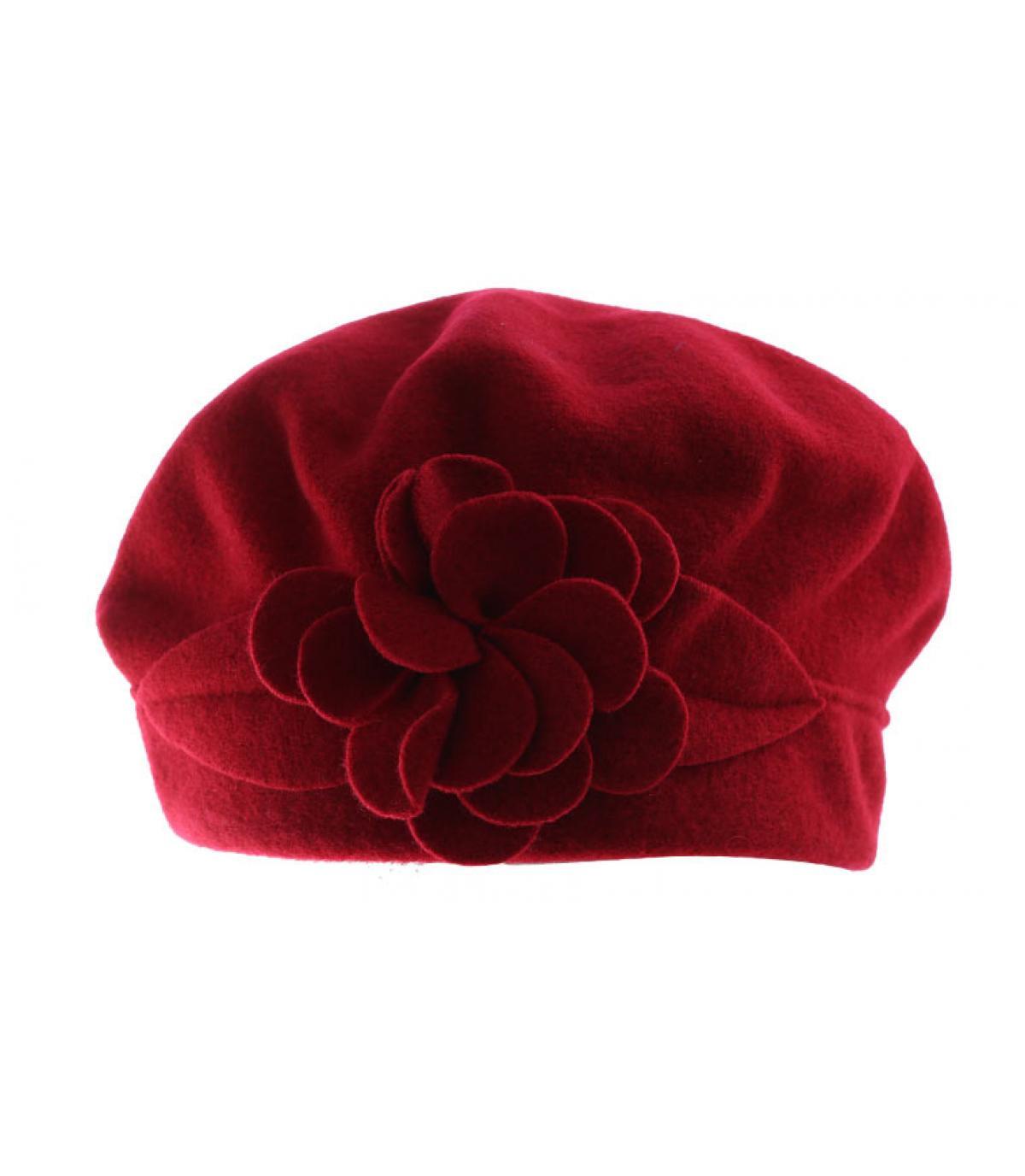 2cc55d2440483 gorro de lana flor roja. Detalles Capucine hermès imagen 3  Detalles  Capucine hermès imagen ...