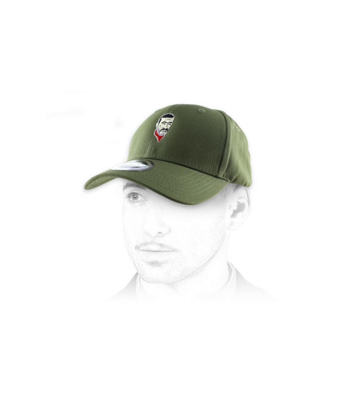 curva gorra verde Negan