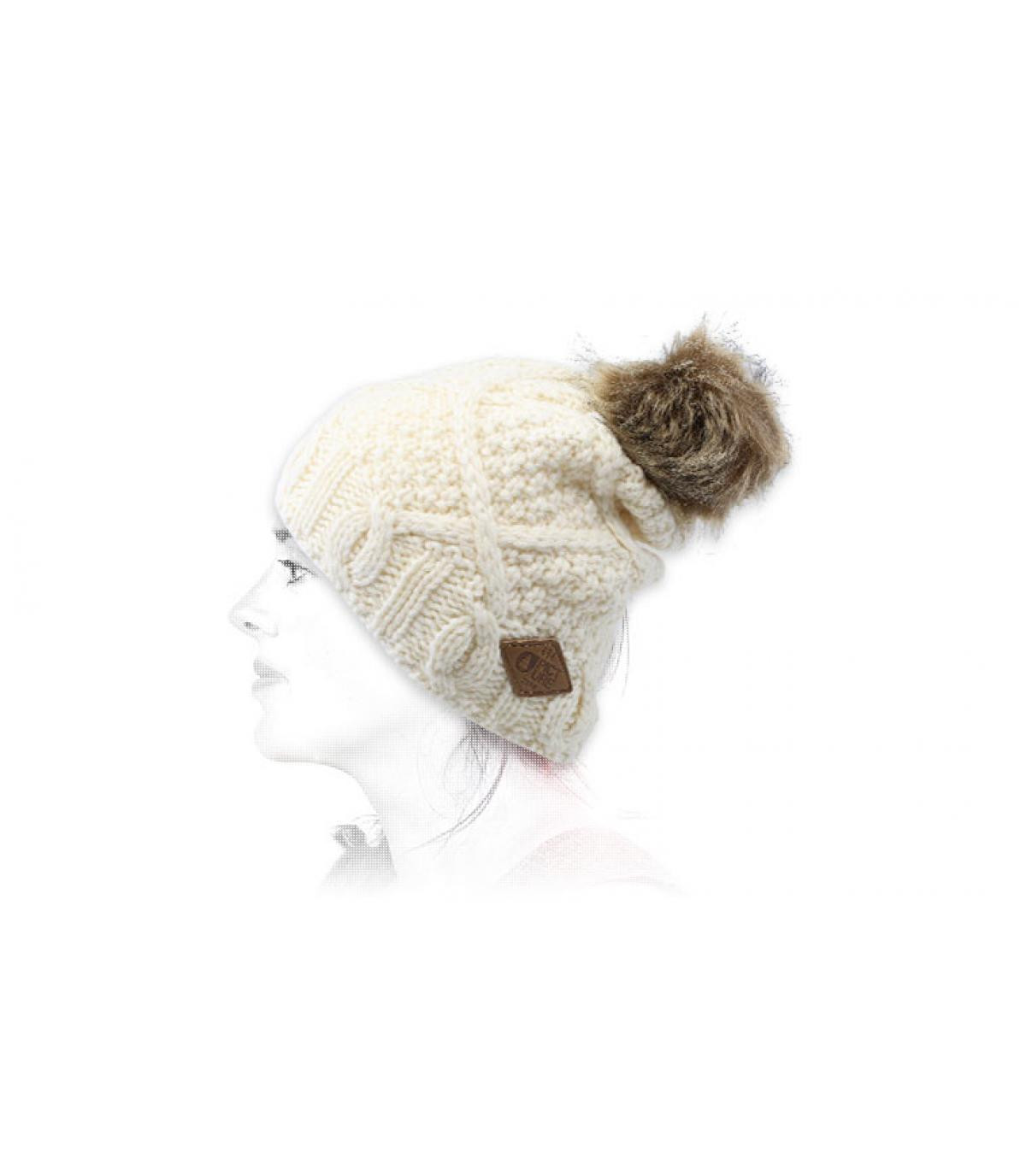 gorro de lana pompom blanco