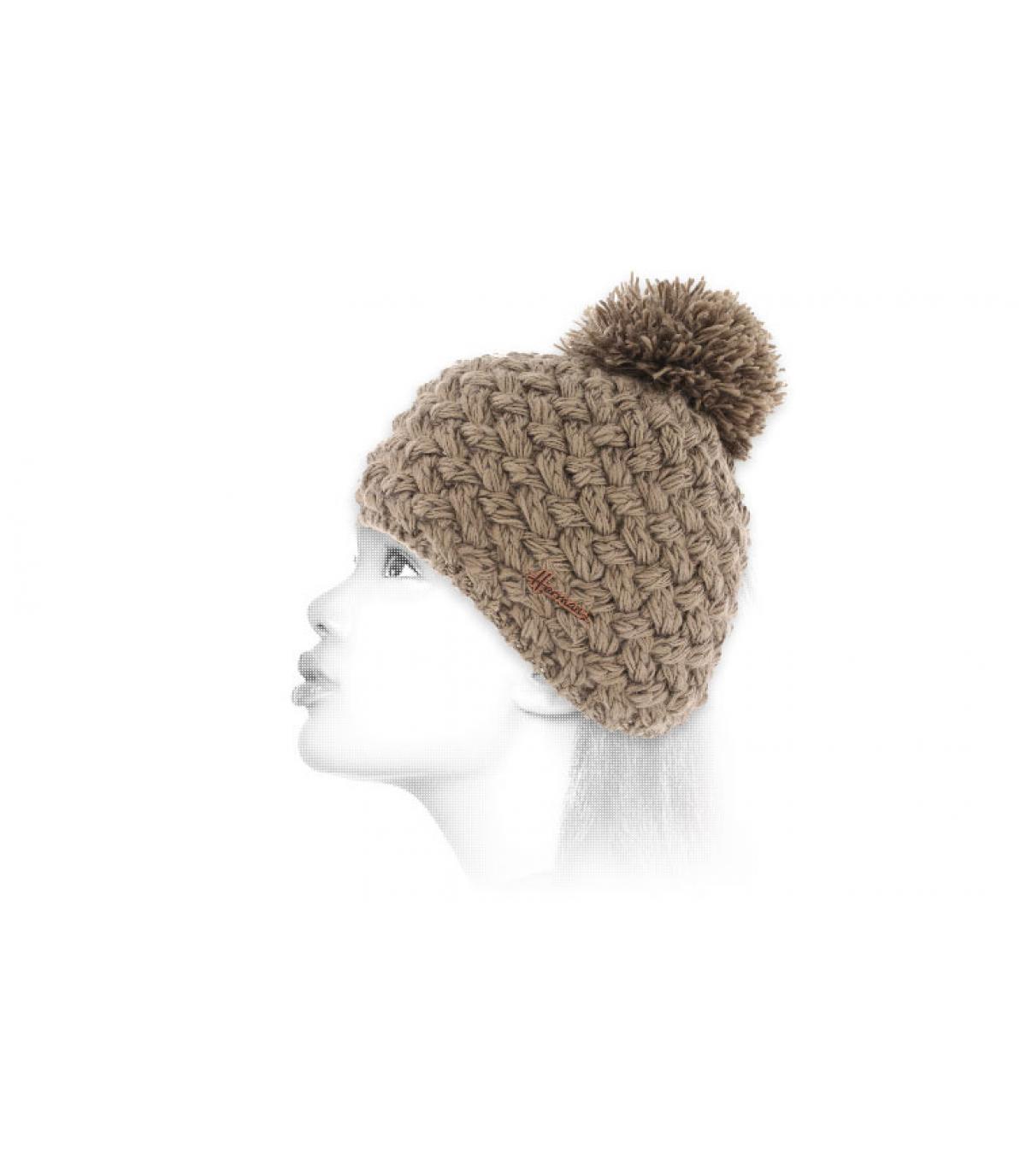 amarillento sombrero de lana Bobble