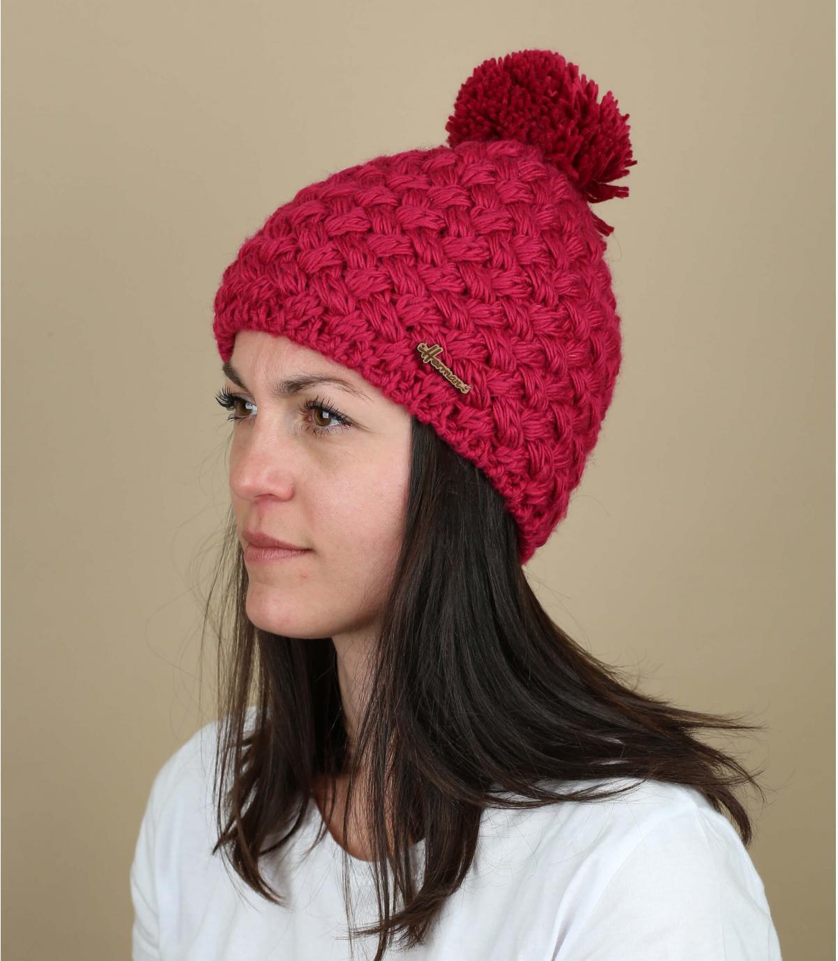 sombrero de pompón de lana de color rosa