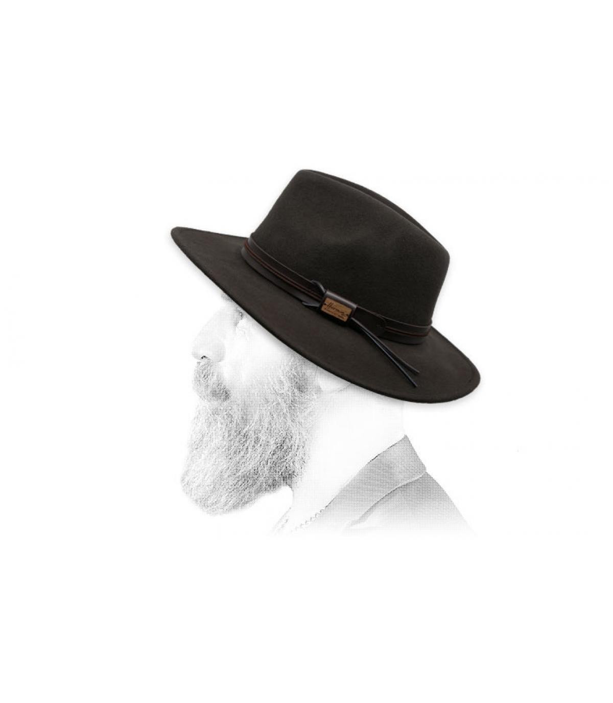 marrón de ala de lana Herman