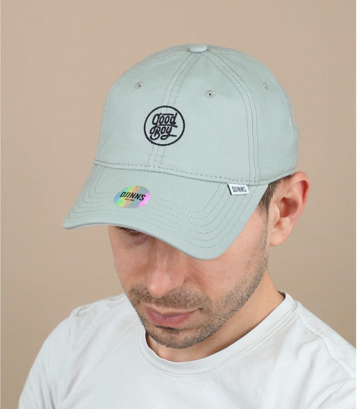 Buen chico gorra gris