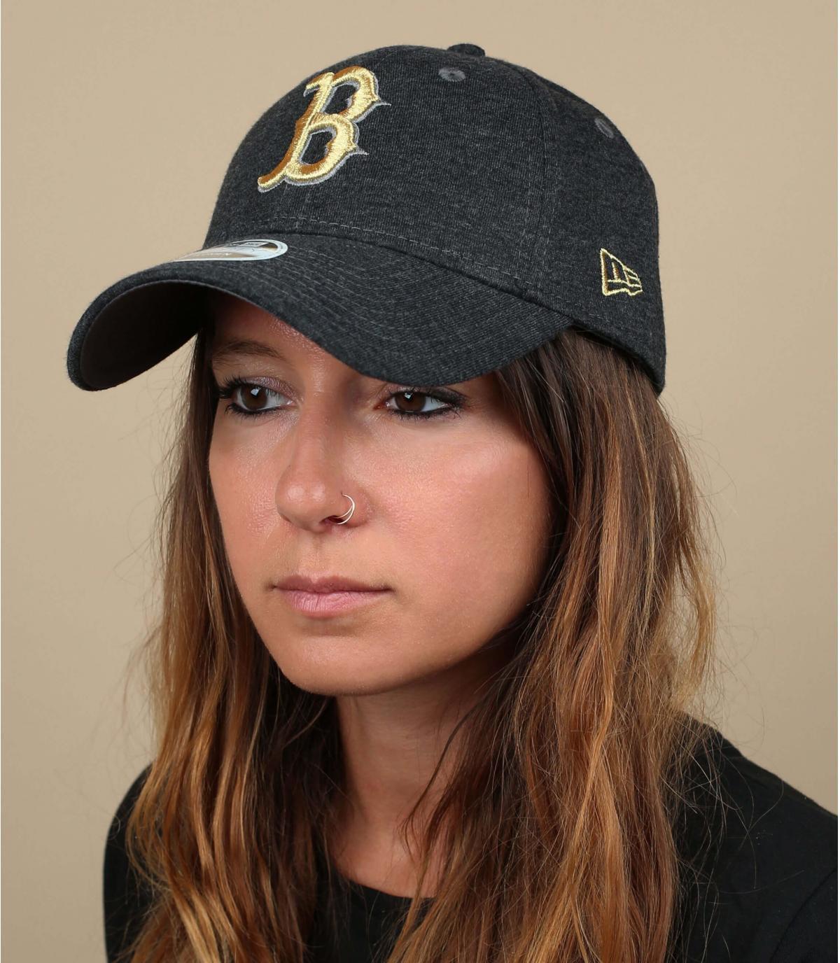 gorra mujer B gris oro