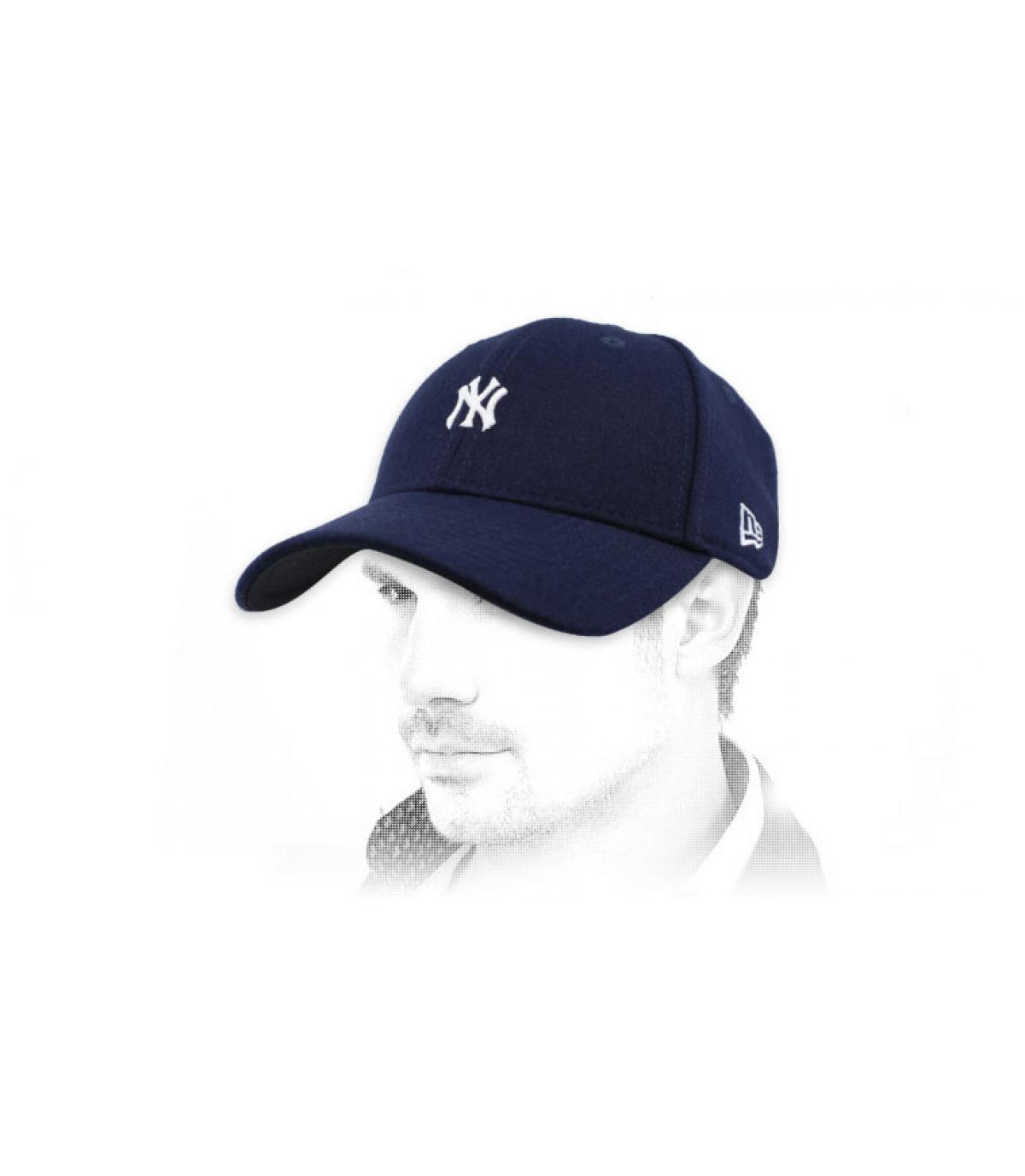 gorra NY azul marino mini logo