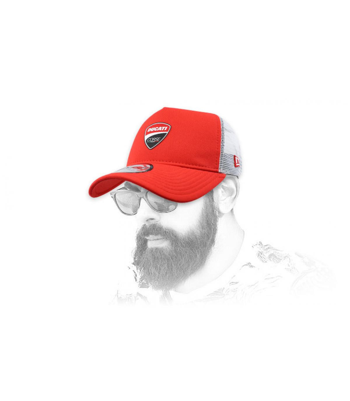 trucker Ducati rojo